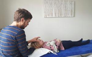 osteopathe-enfant-nates-laurent-maillard